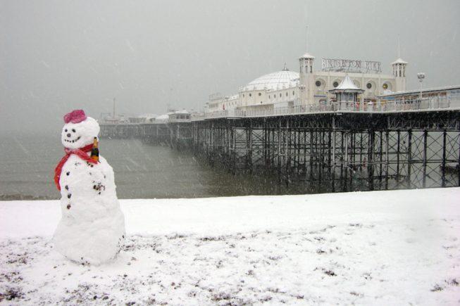 Brighton cleaning beach
